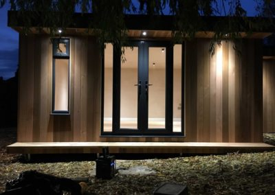 Front facing garden room with lights
