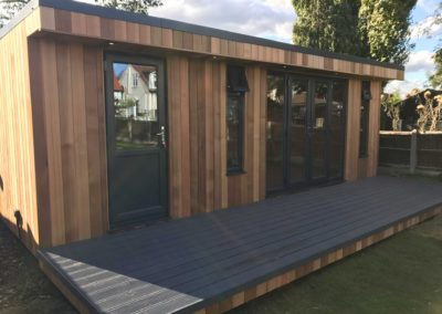 Single door angled garden room